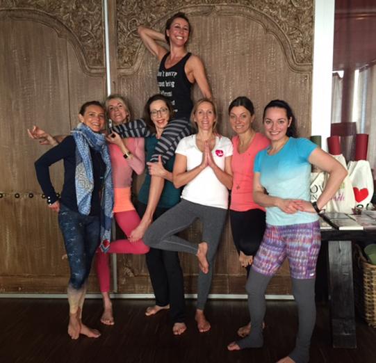certified teacher free floating aerial yoga. Black Bedroom Furniture Sets. Home Design Ideas